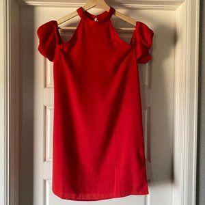 👗 3/$15 👗Open-Shoulder Shift Dress